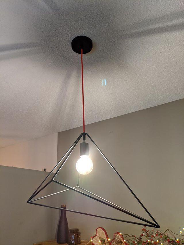 Luminaire suspendu en métal 2