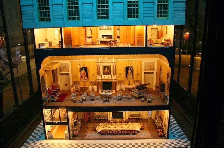 Maison de poupée de Princesse Mary
