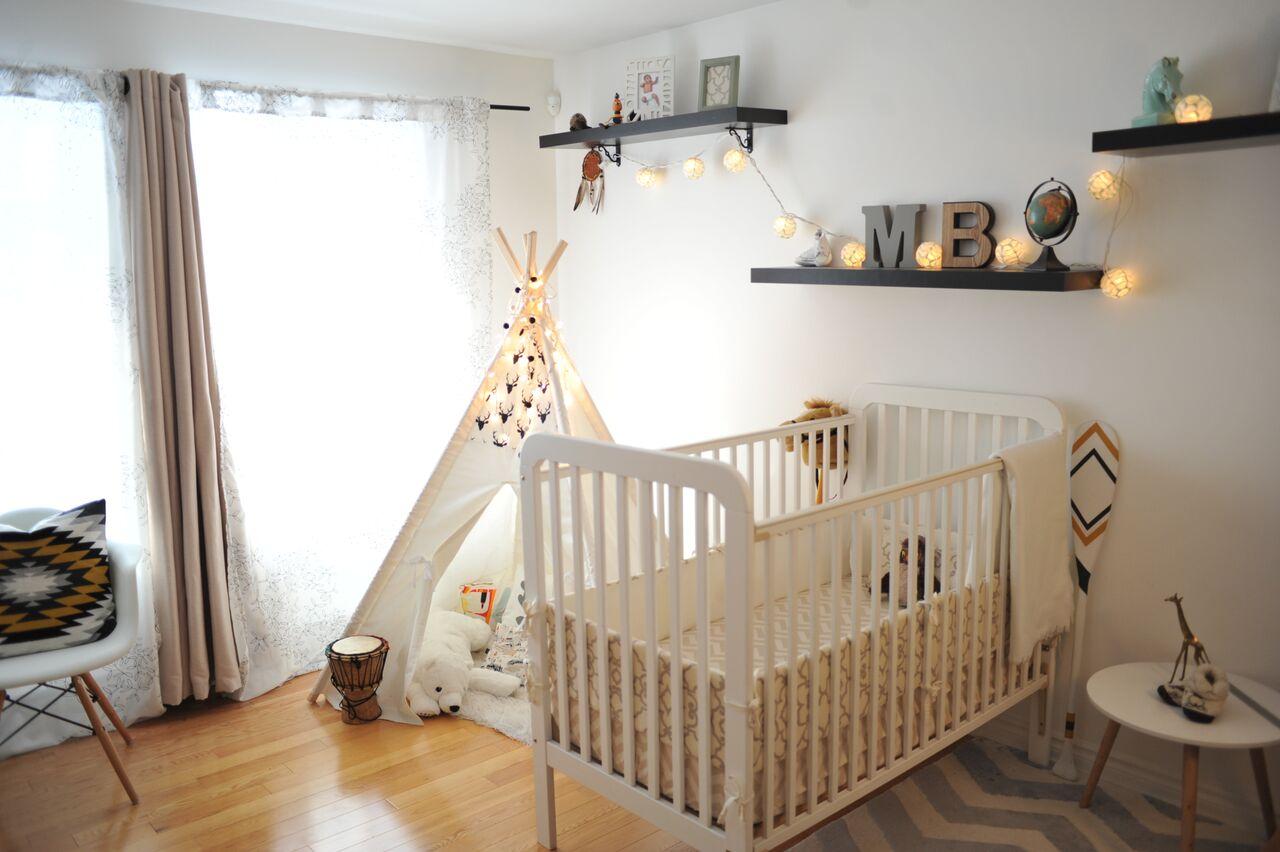 chambre b b vintage chambre bebe meuble lit enfant en pin chambre bebe vintage tete de. Black Bedroom Furniture Sets. Home Design Ideas