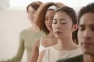 closeup-meditation-group