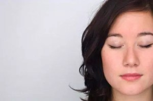 woman_meditating