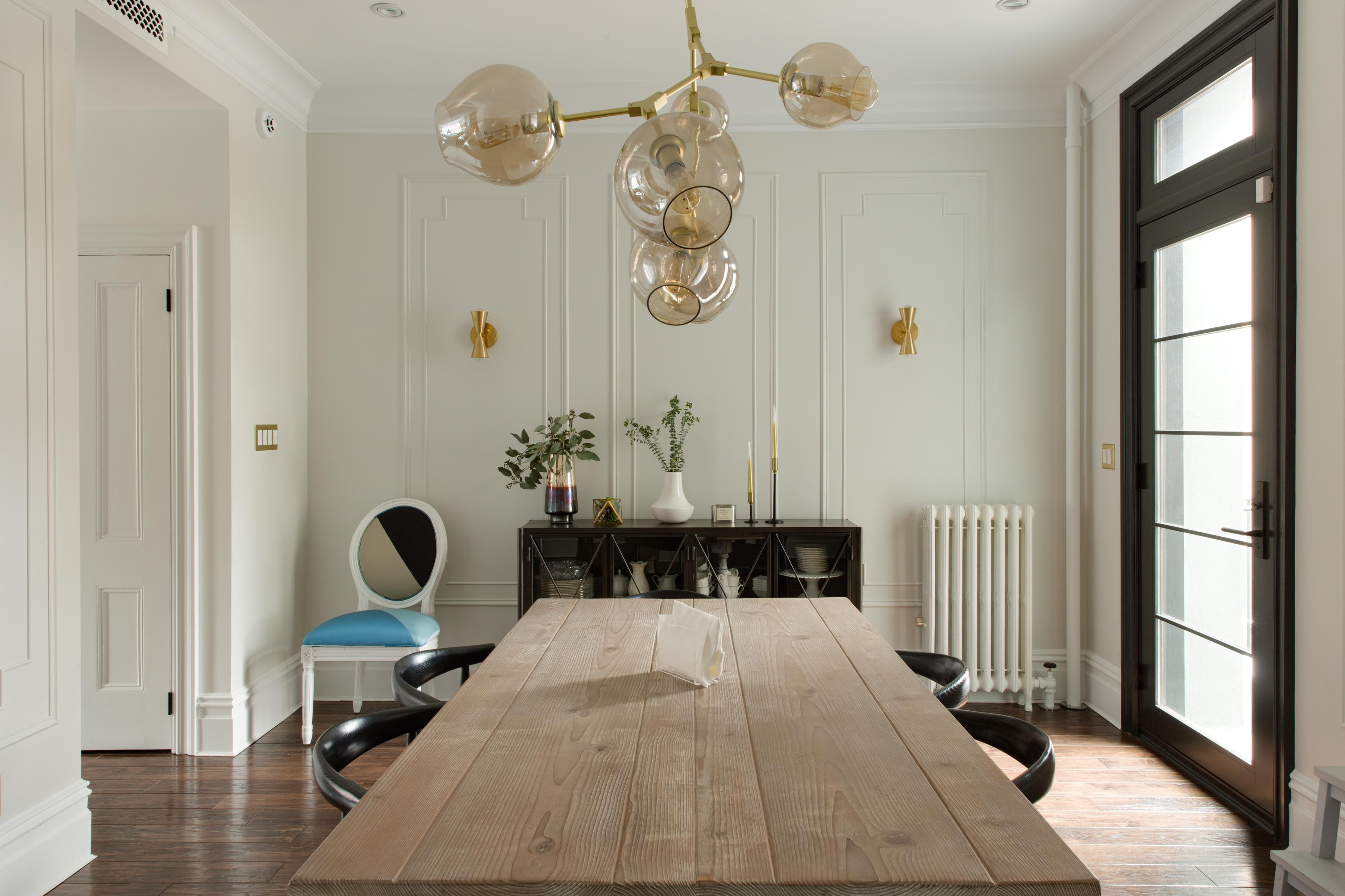 bubble lamp лампа над столом