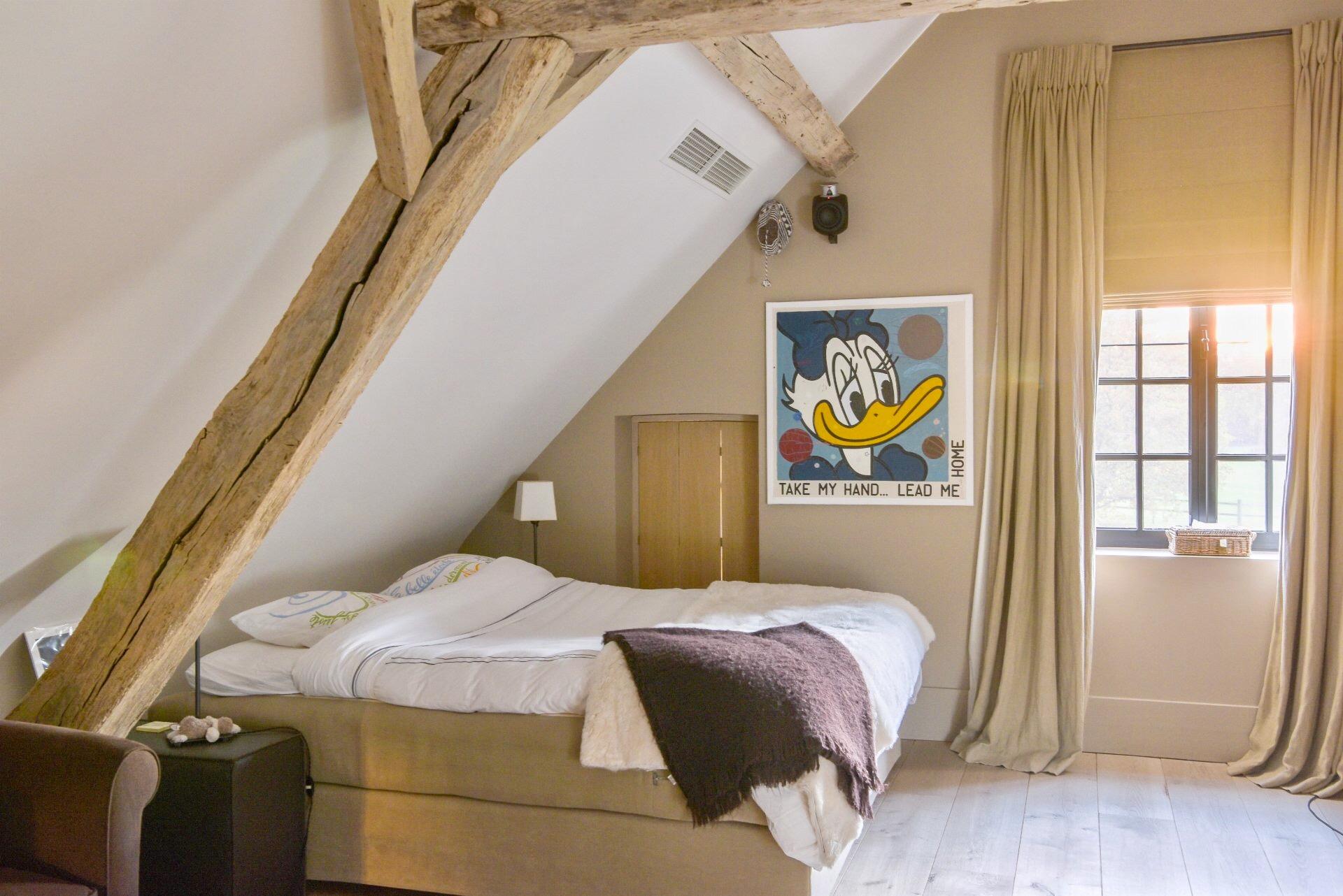 спальня мансарда