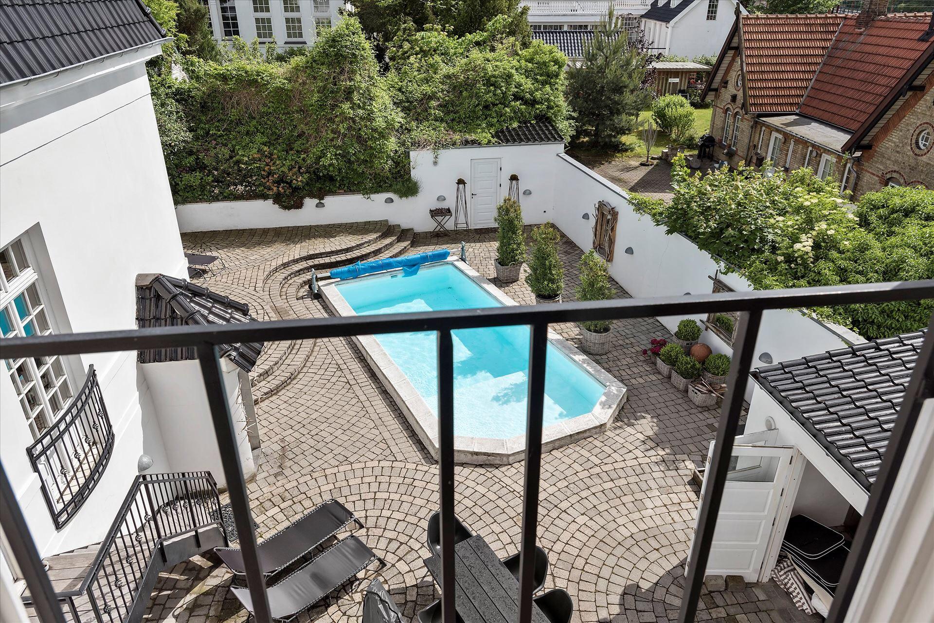 балкон бассейн