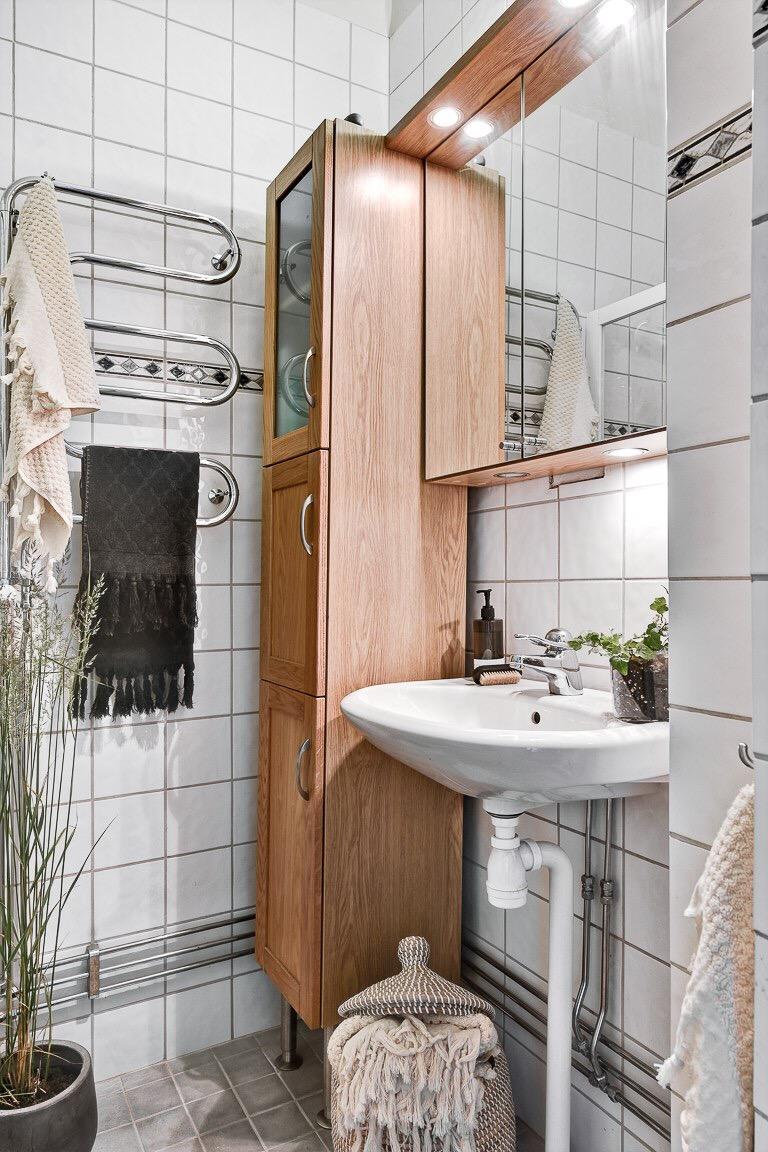 душевая раковина зеркальный шкаф