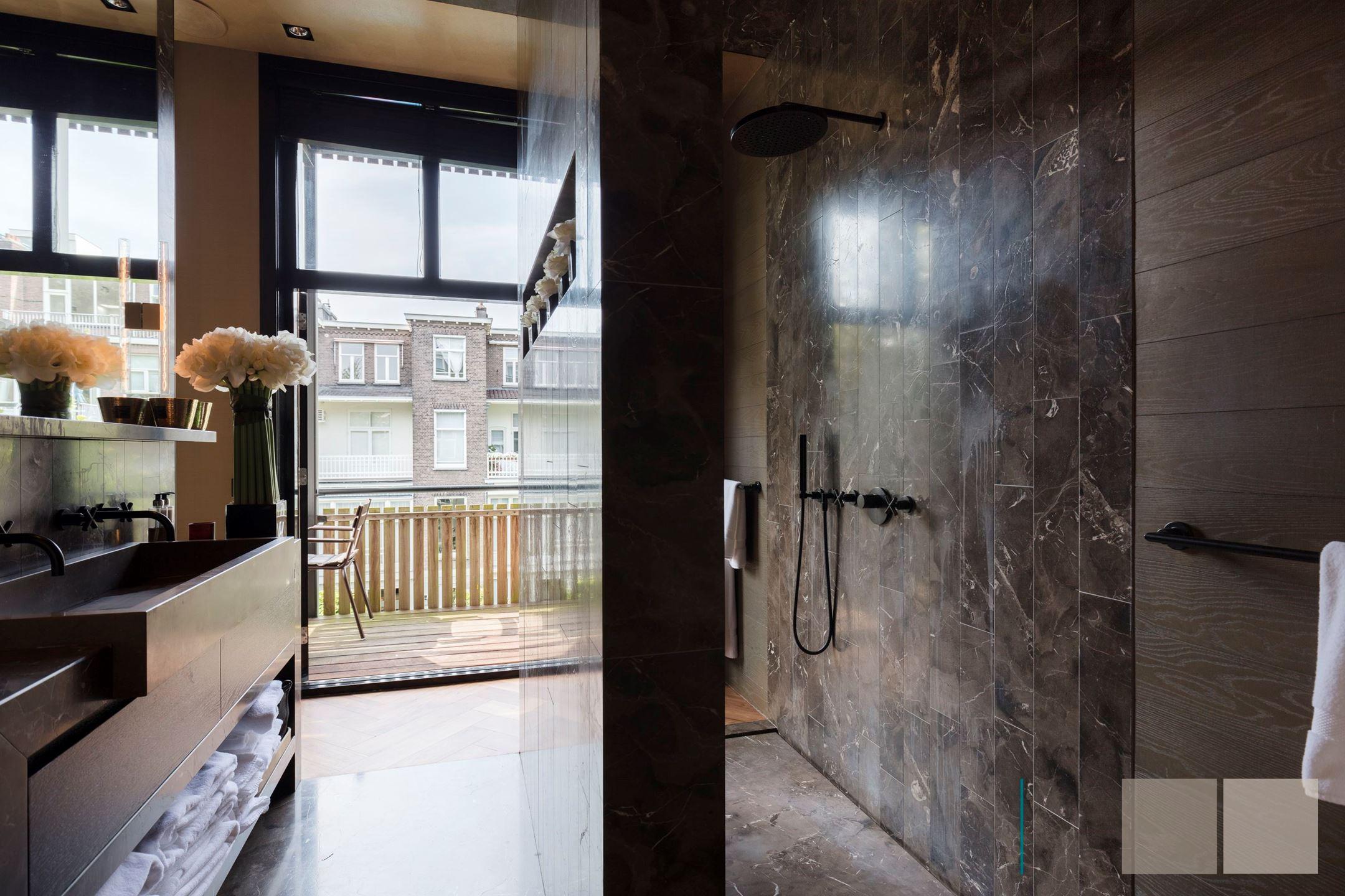 душевая душ мрамор