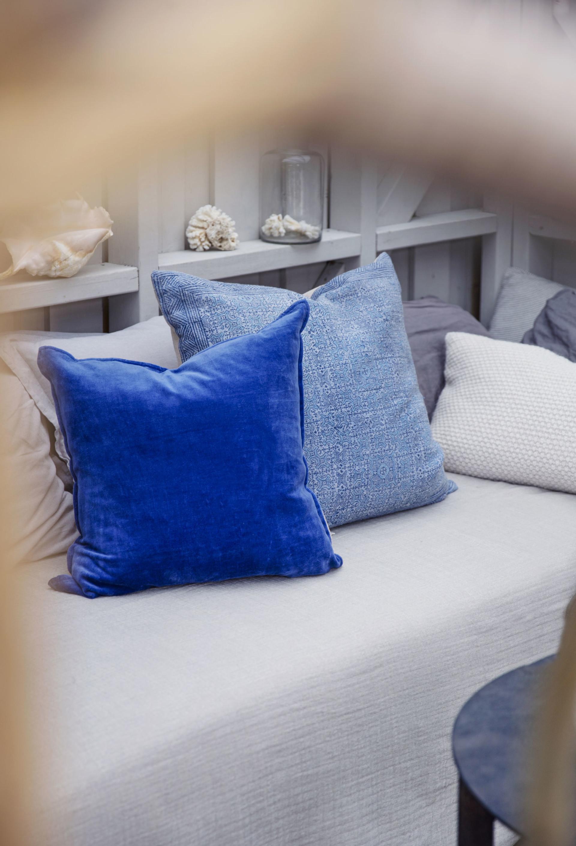 диван подушки