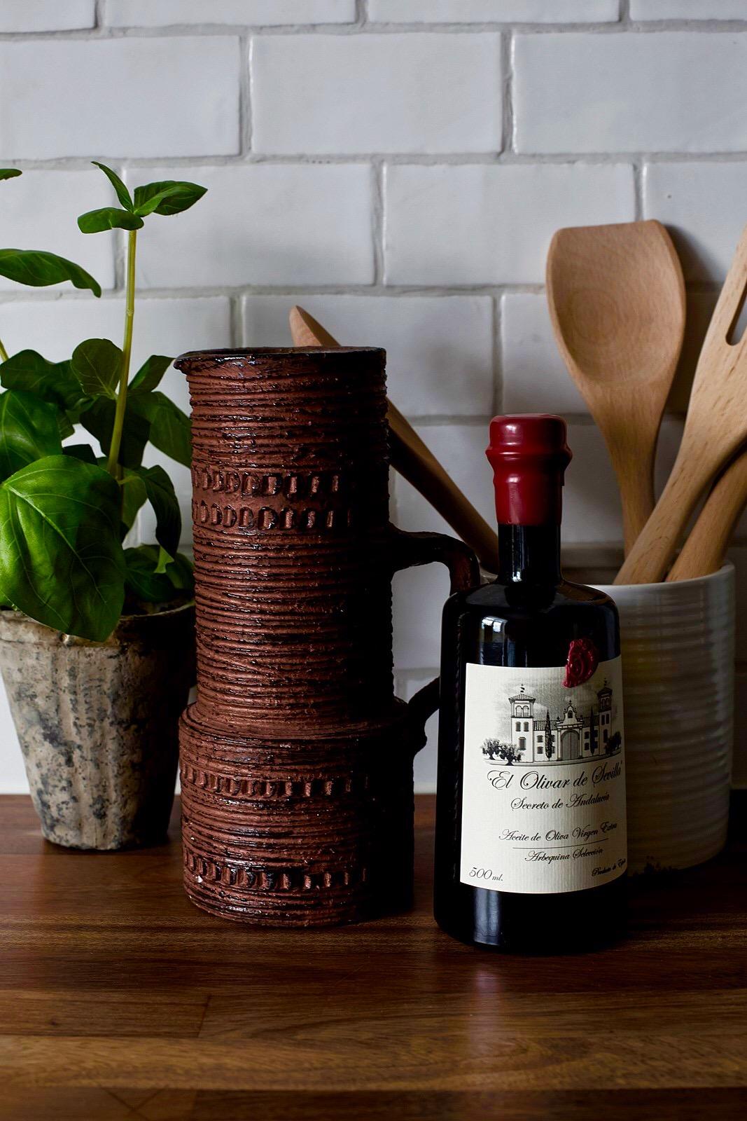 кухня столешница плитка кабанчик ретро цветок