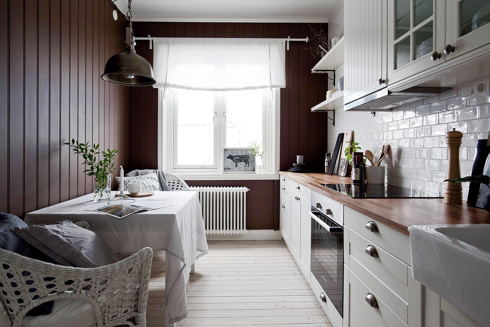 кухня окно стол лампа