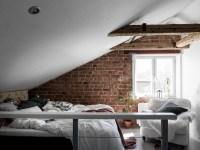 спальня кирпич мансарда балки