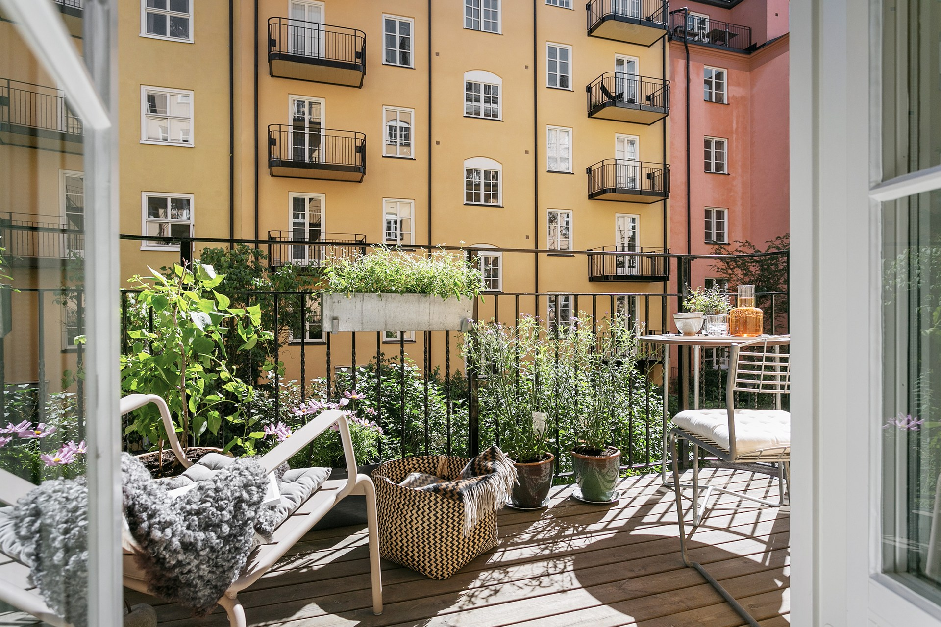 балкон деревянный настил