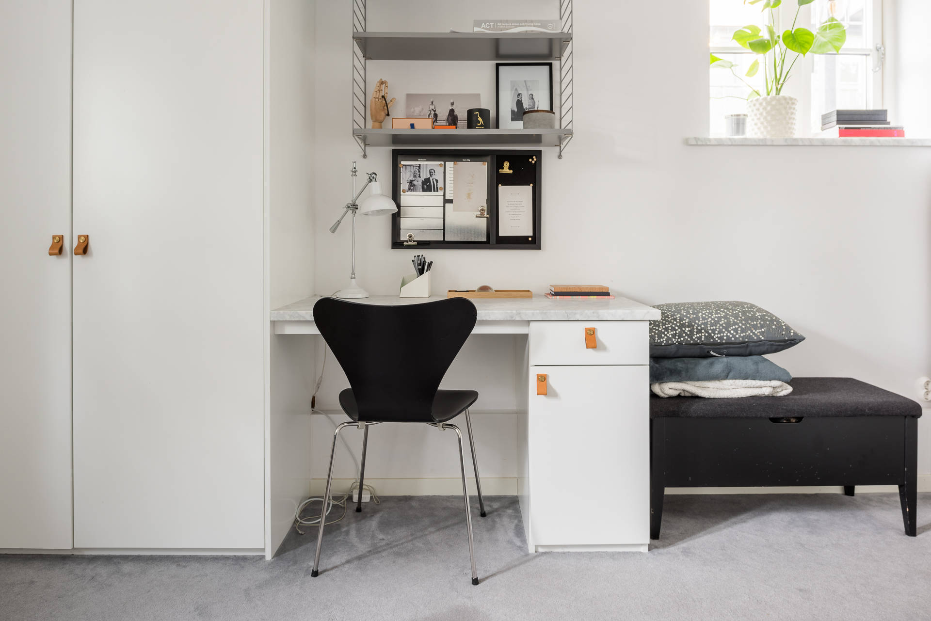 спальня рабочий стол