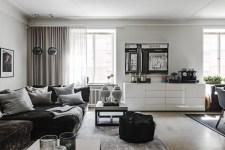 гостиная диван пуф столик вазы комод потолочный карниз