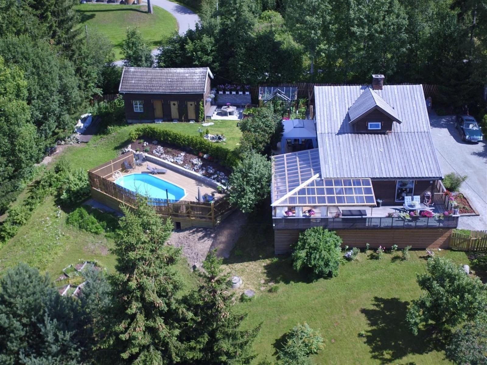 загородный дом участок бассейн