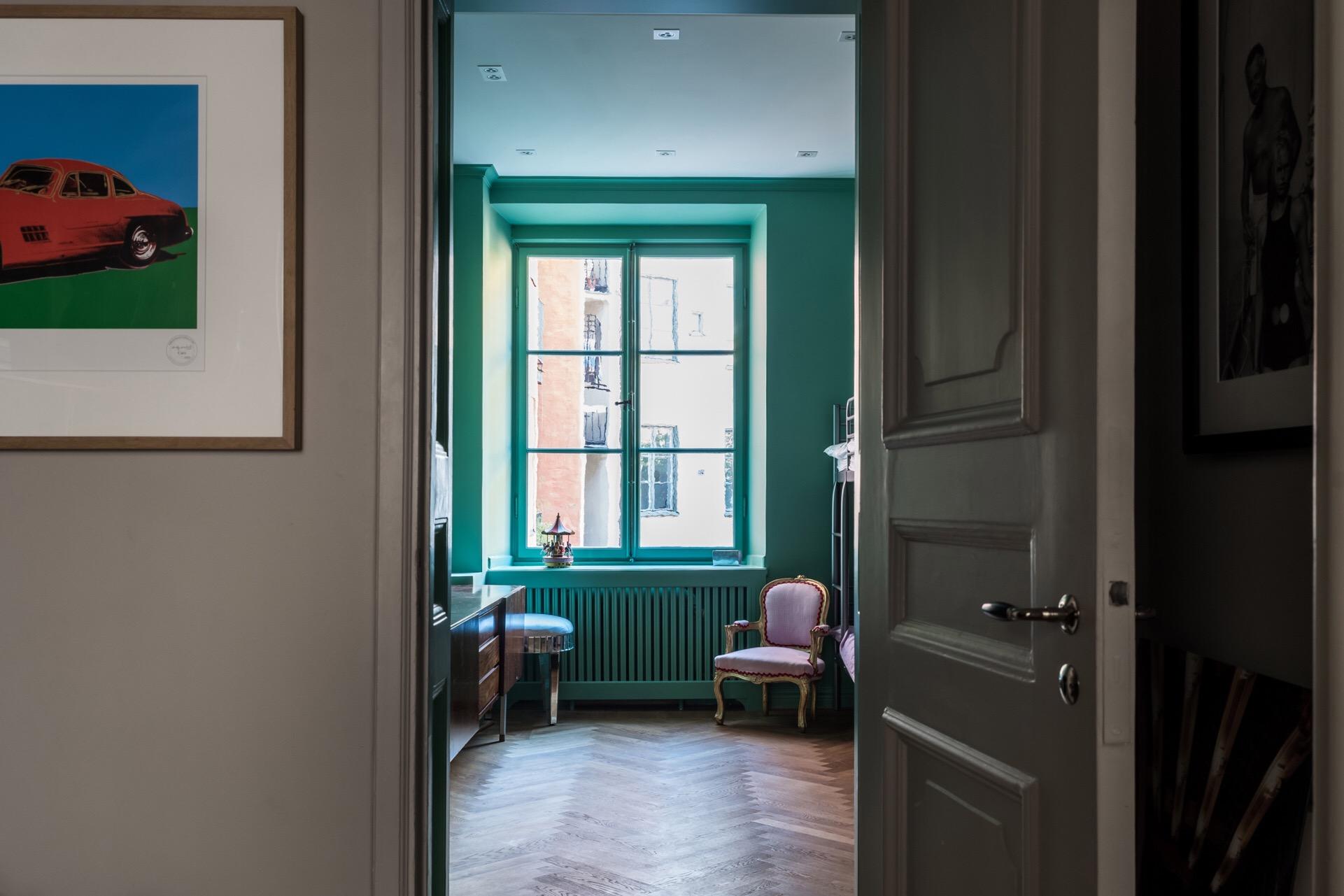 двери детская комната