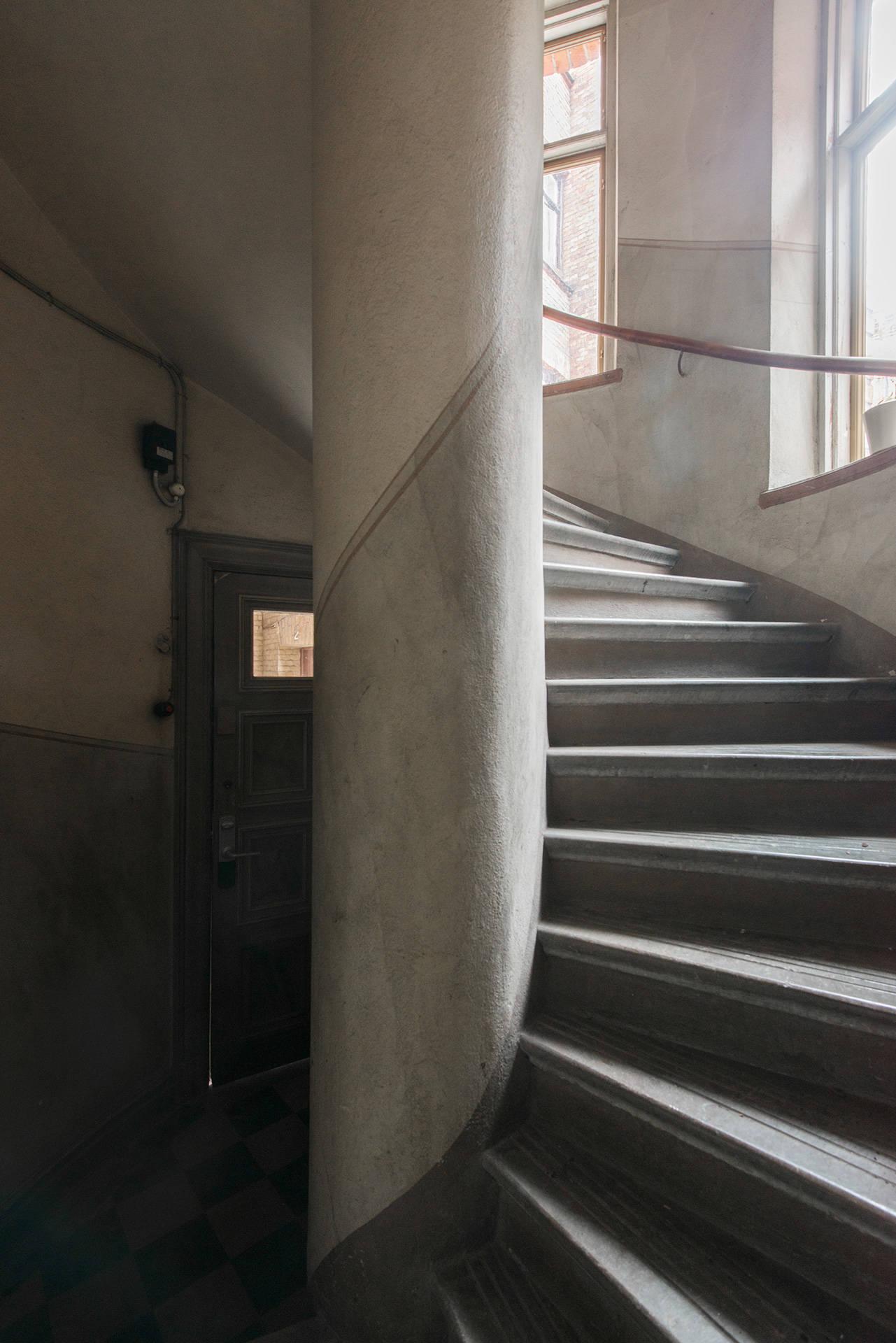 подъезд лестница