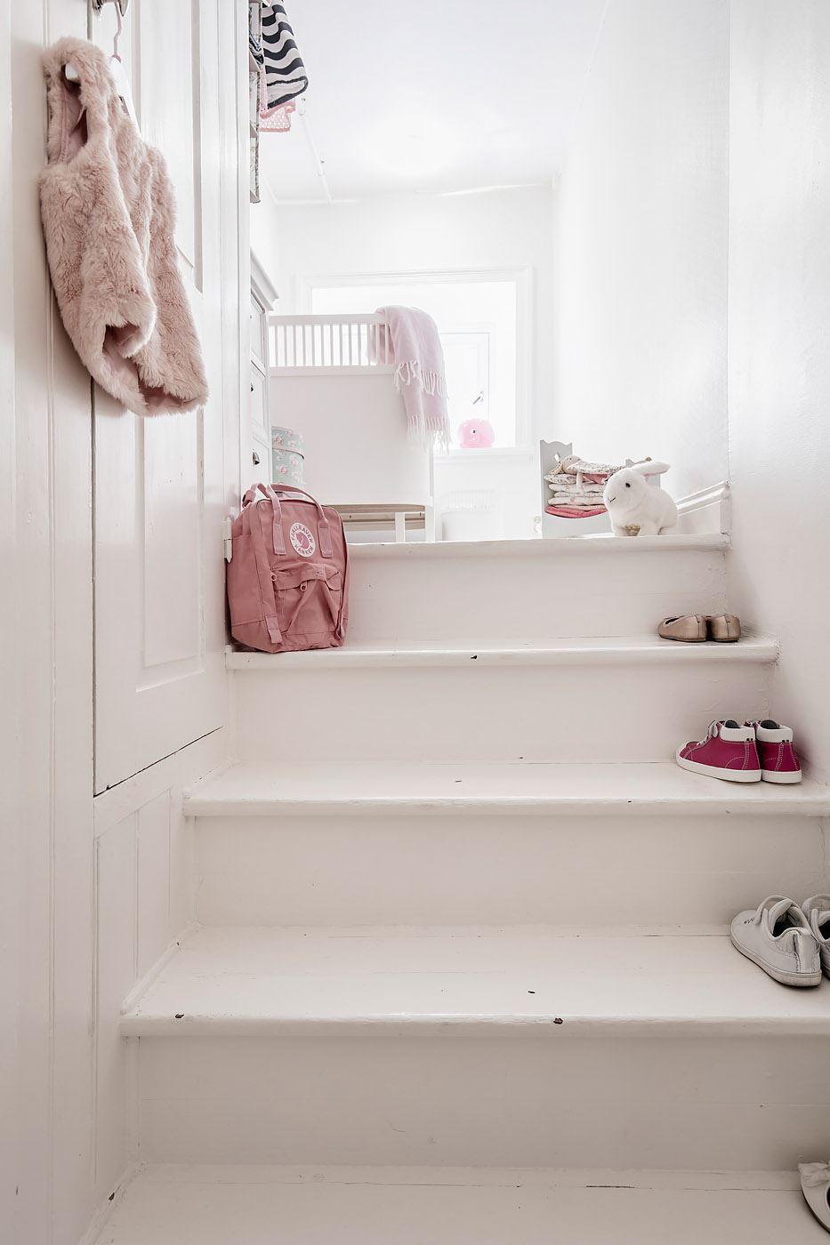 лестница ступени встроенный шкаф