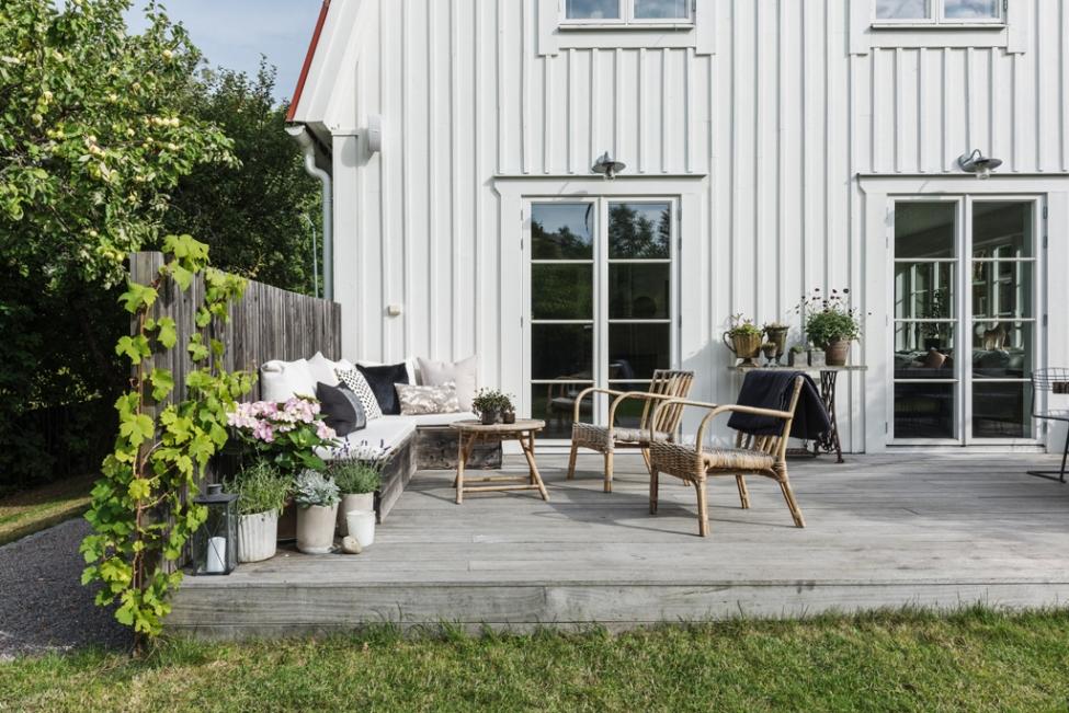 загородный дом терраса французские двери