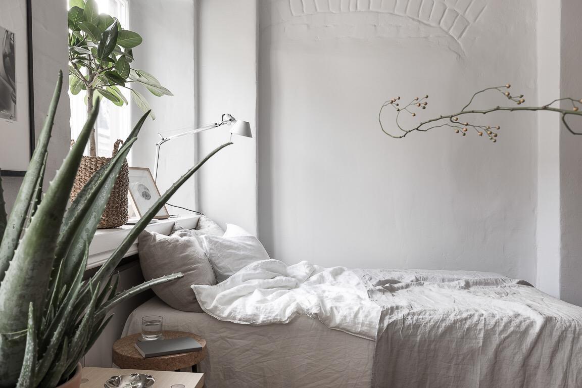 однокомнатная квартира студия кровать