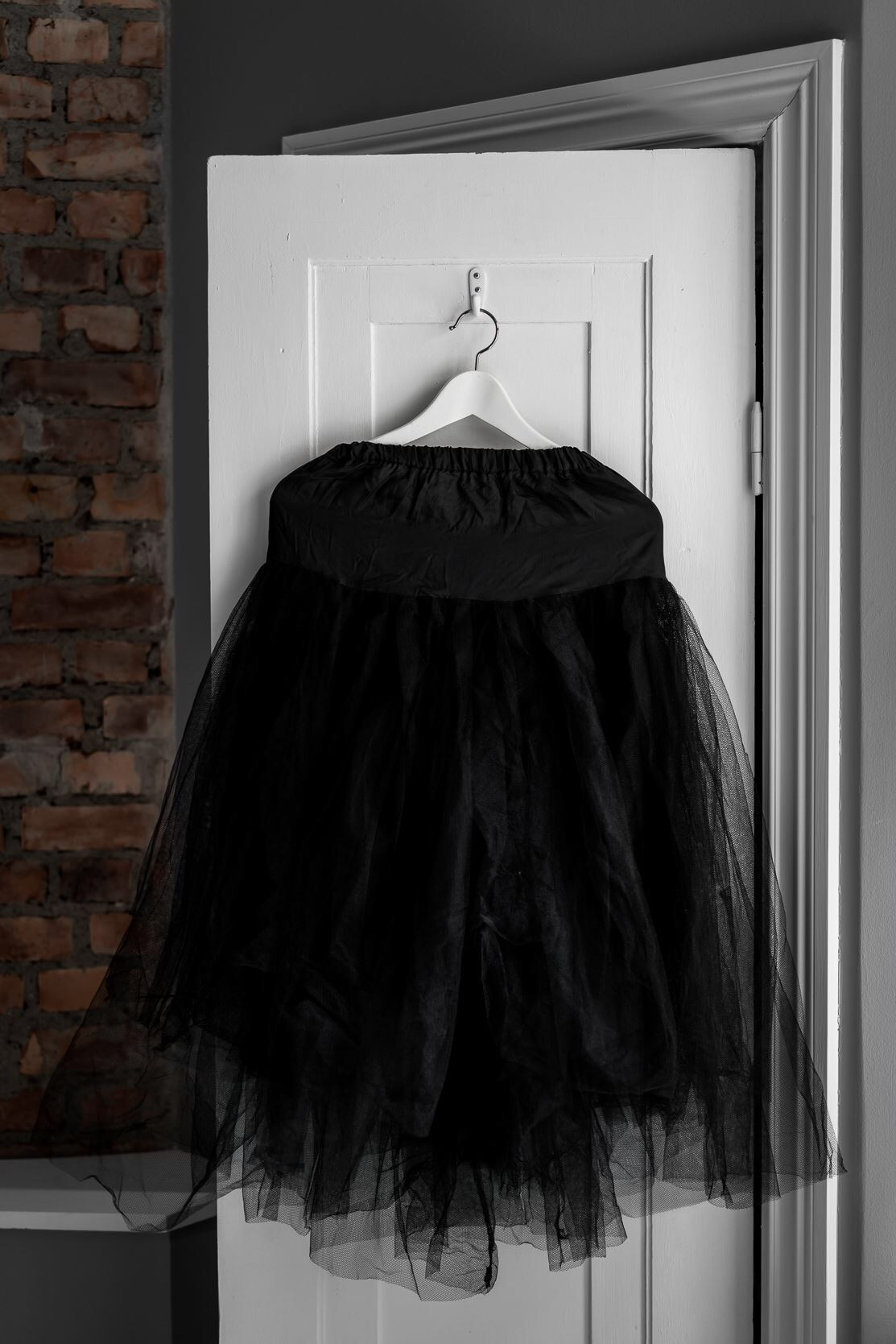 комната дверь крючок вешалка одежда