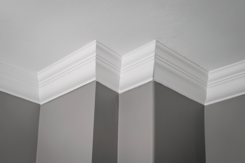 потолочный карниз лепнина выступ стены