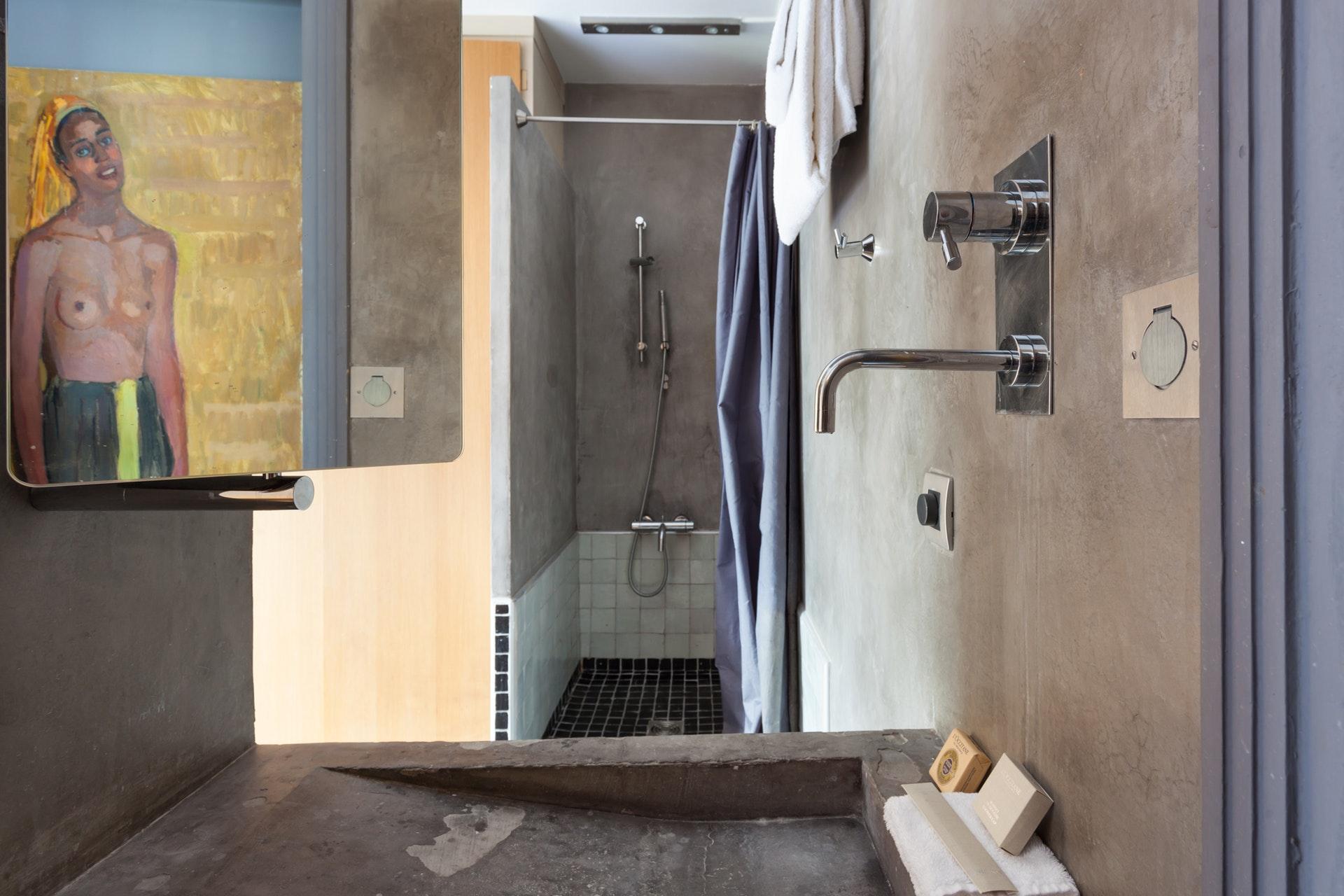 душевая душ трап бетон раковина