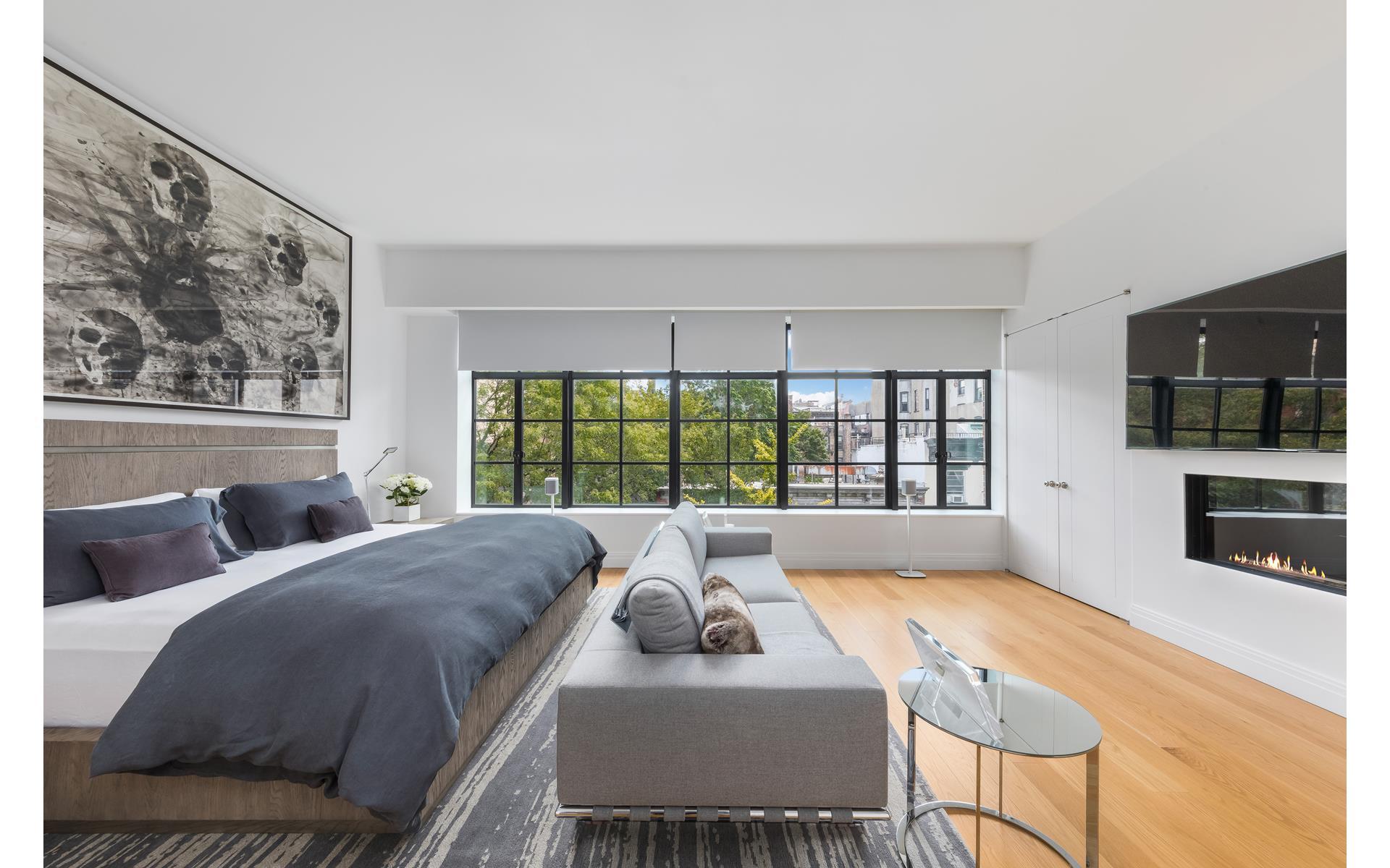 спальня кровать изголовье текстиль прикроватный дивпн телевизор электрический камин