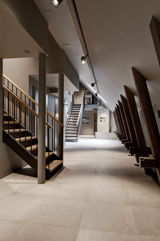 мансарда лестницы в квартиры