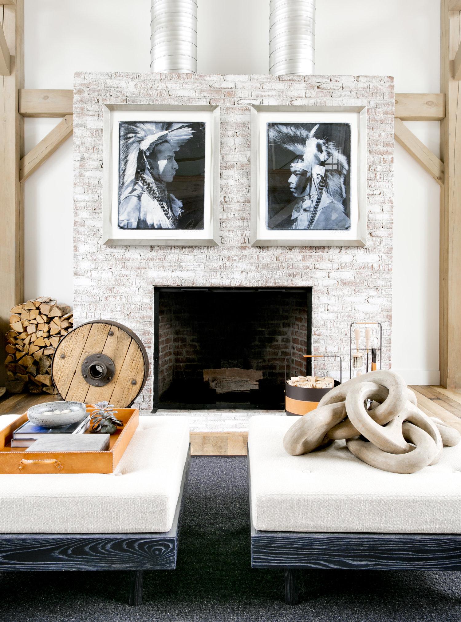 гостиная камин дымоход кирпич картины дрова