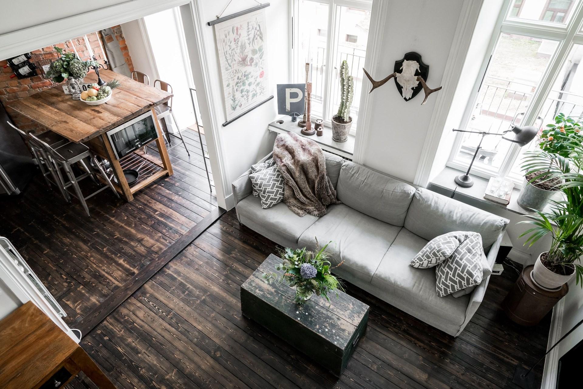 гостиная кухня проем порог высокий потолок антресоли