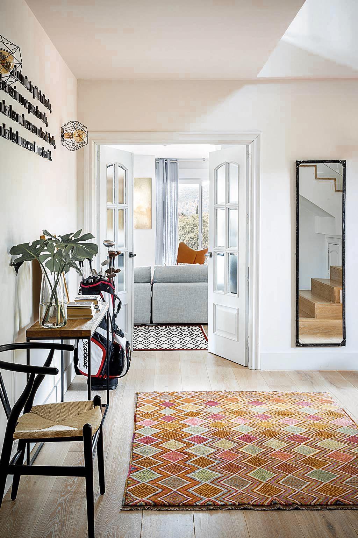 коридор прихожая консоль двери