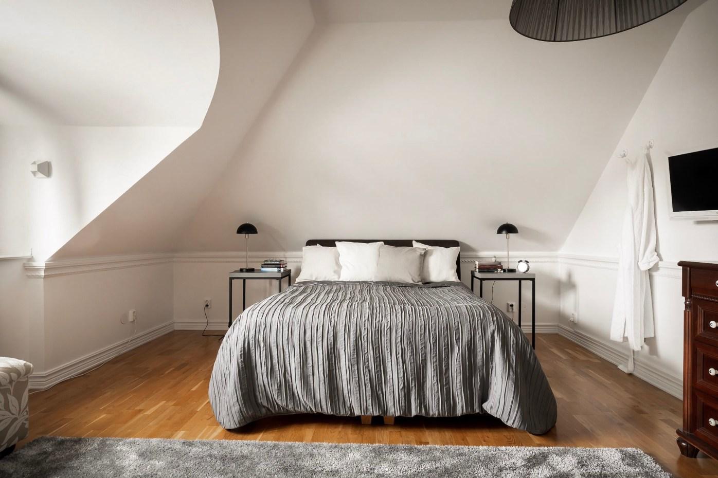 мансарда спальня