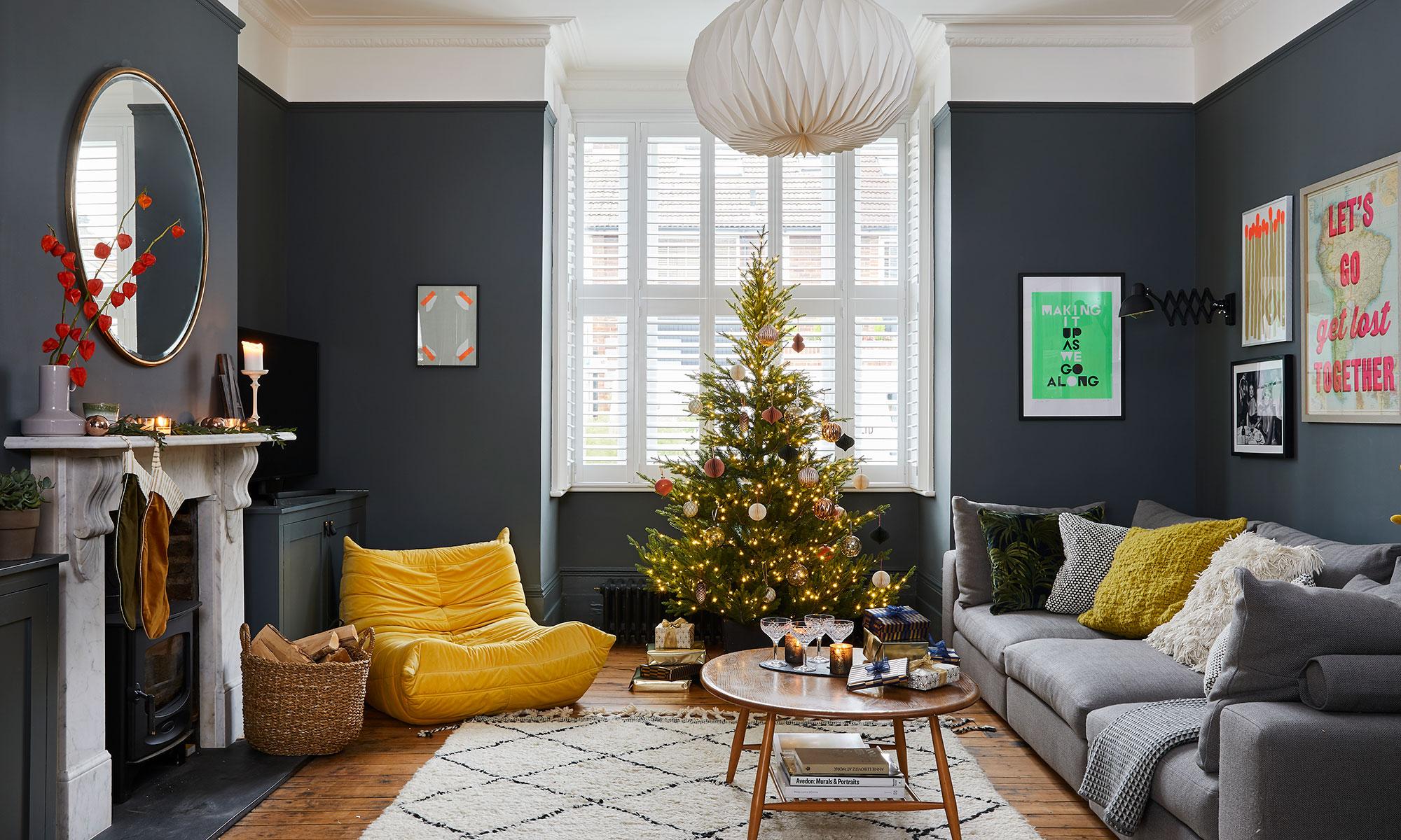 гостиная новогодний декор елка