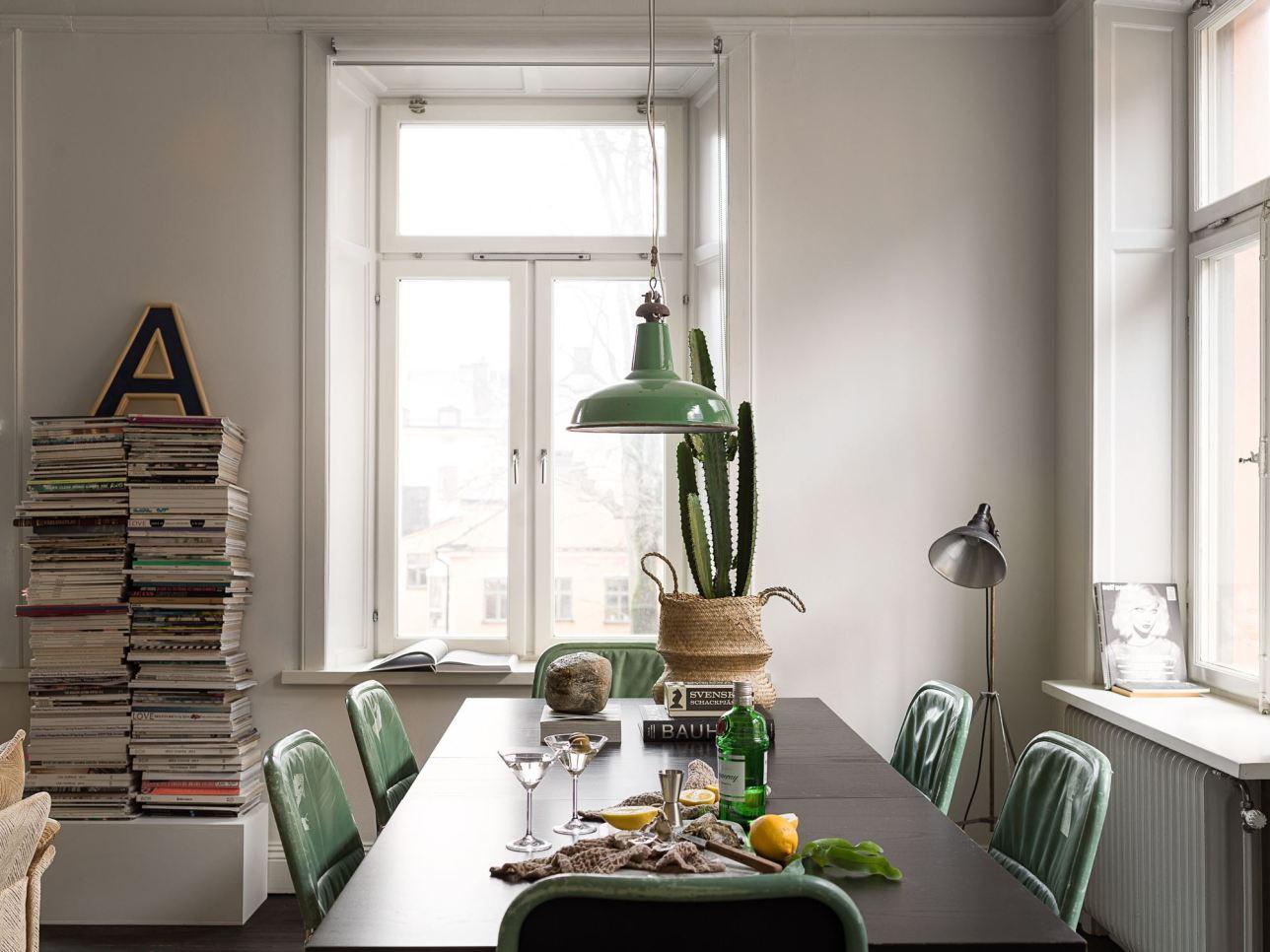 квартира 59 квм гостиная обеденный стол