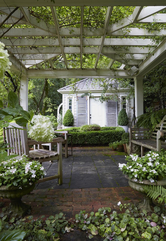 1-1 garden pergola
