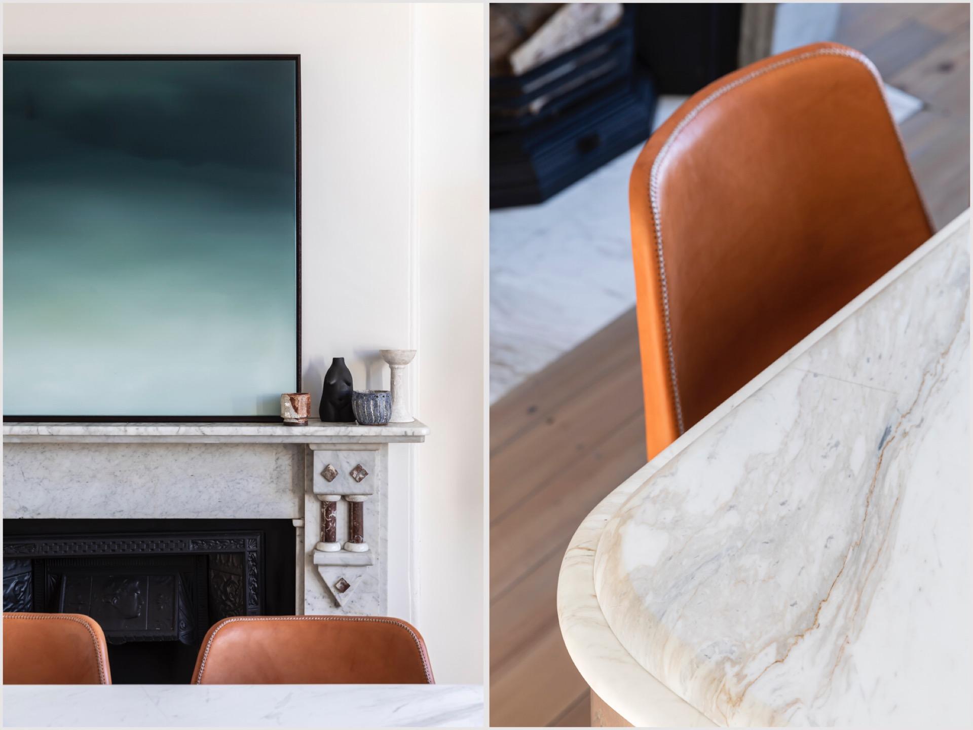 Дом в Австралии камин стулья