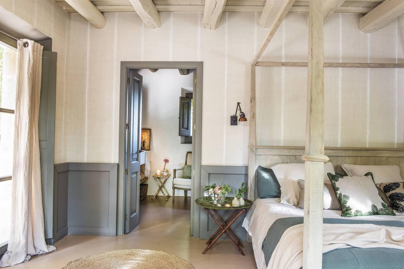 Дом в Испании Спальня кровать