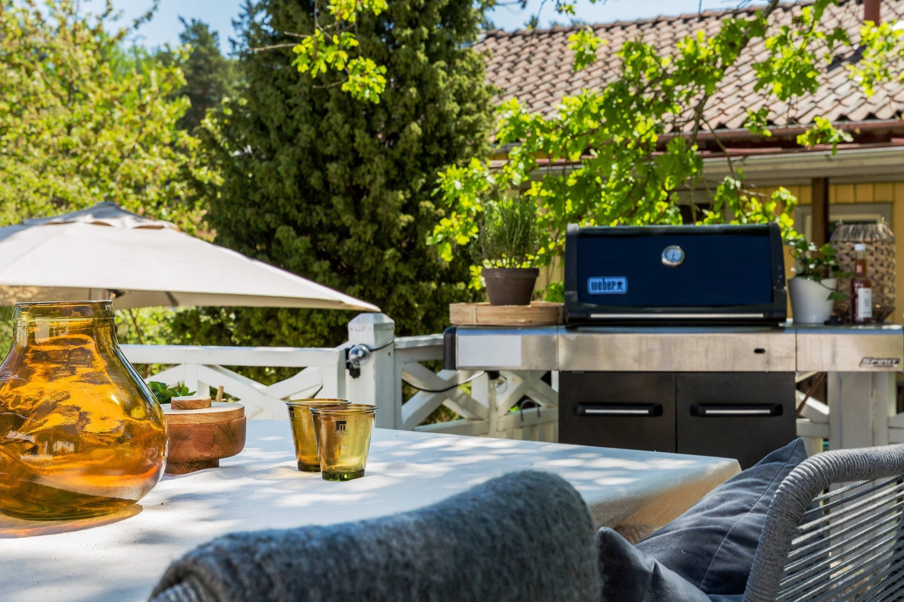 house terrace grill