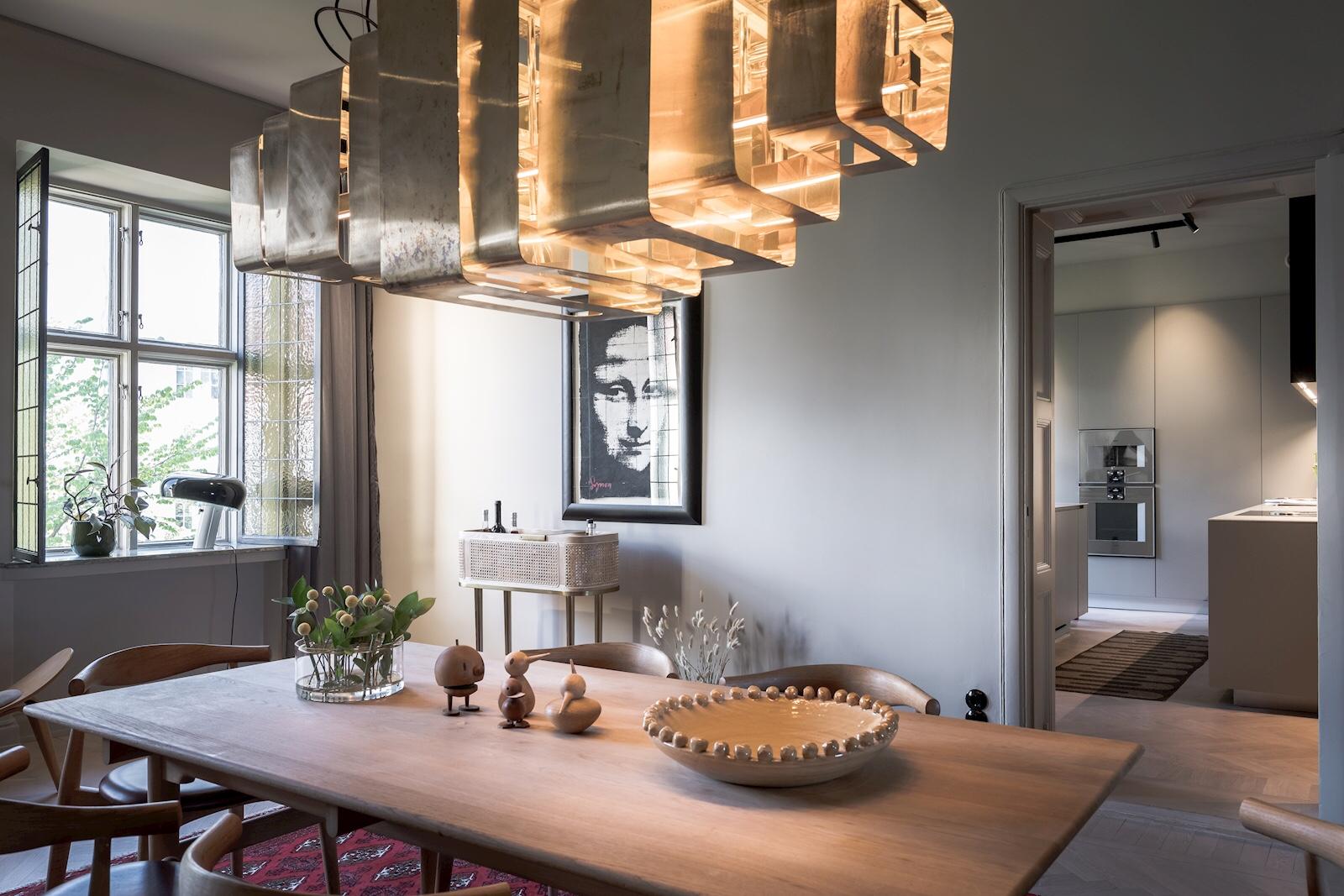 table pendant light