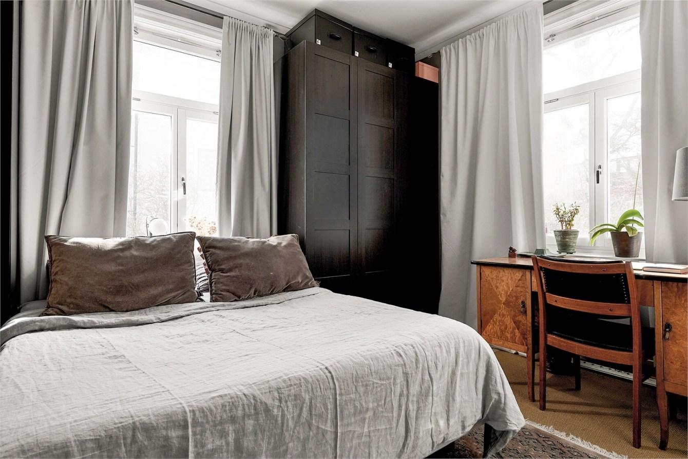 bedroom wardrobe desk windows