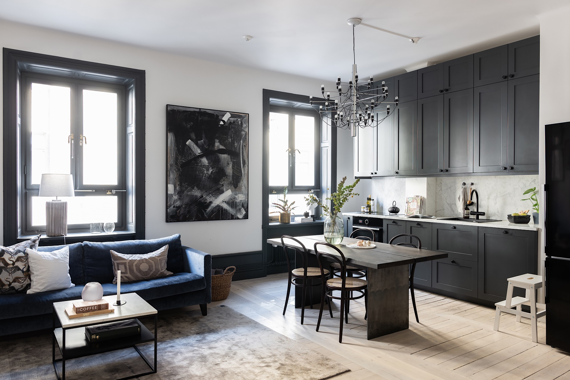 30638 combined living room kitchen