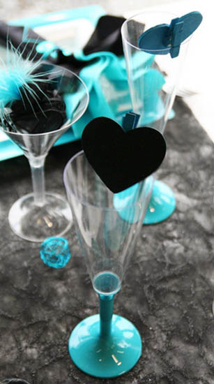 Feathers And Hearts Dinner Table Decorations Black And Turquoise Colors