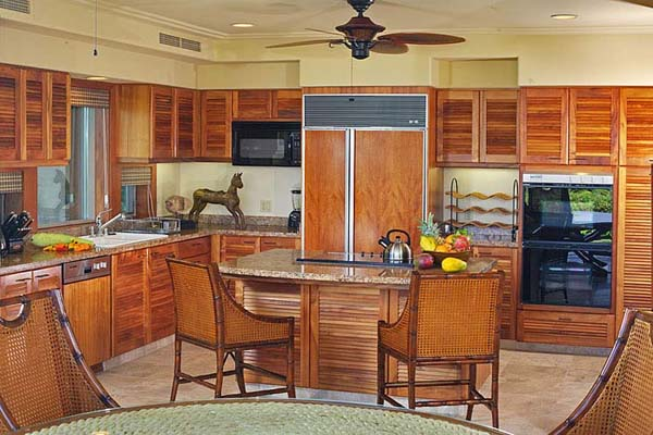 kitchen cabinets light wood moen arbor faucet 20 tropical home decorating ideas, charming hawaiian decor ...
