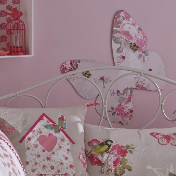 White And Pink Color Combinations For Summer And Spring
