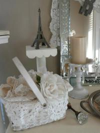30 Creative Ways to Use Lace Fabrics and Patterns for Room ...