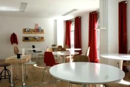 decoración e interiorismo para el aula de teoria 73