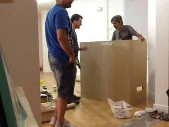 fabricando el mueble de recepción 18