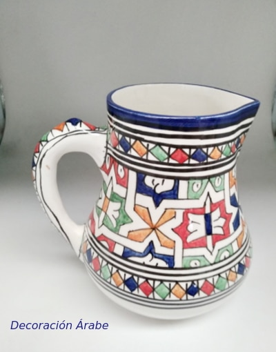 jarra de agua marroquí de cerámica