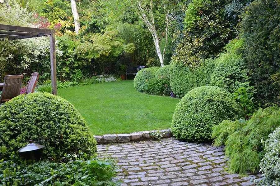 5 ideas para plantear y decorar jardines pequeos