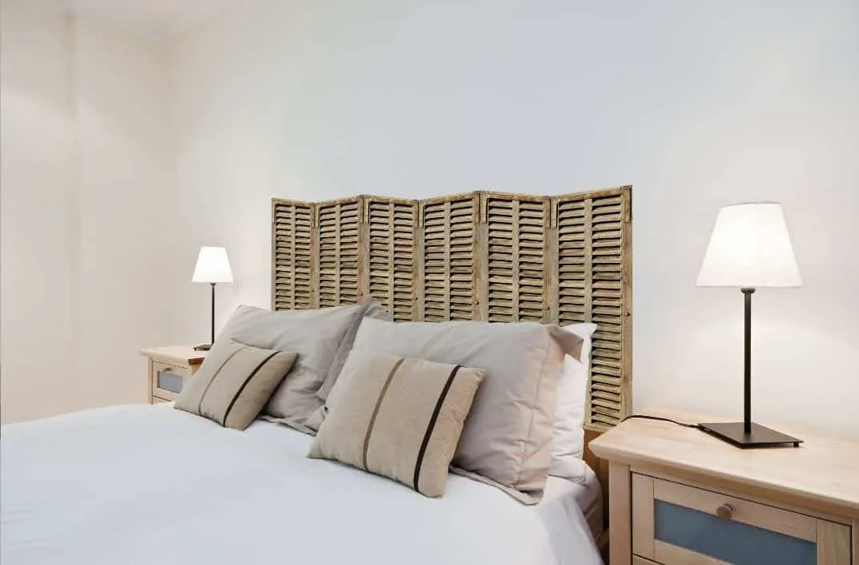 Cabeceros de cama con vinilos de pared